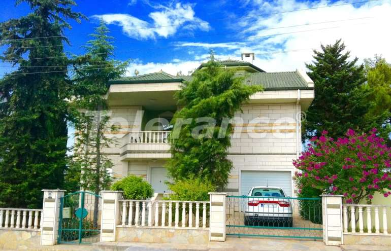 Resale villa in Dosemealty, Antalya with private garden, furniture and appliances - 9500 | Tolerance Homes