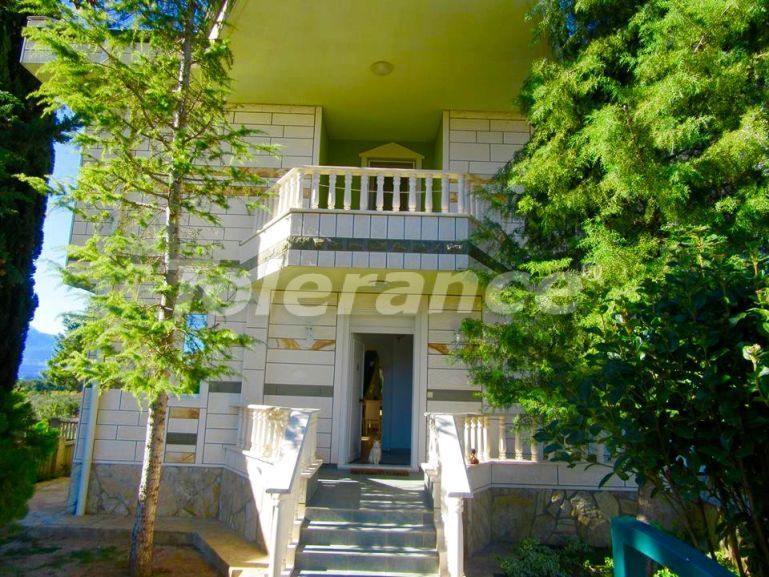 Resale villa in Dosemealty, Antalya with private garden, furniture and appliances - 16930 | Tolerance Homes