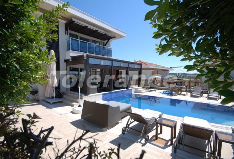 Detached villa in Side with private pool - 16556   Tolerance Homes