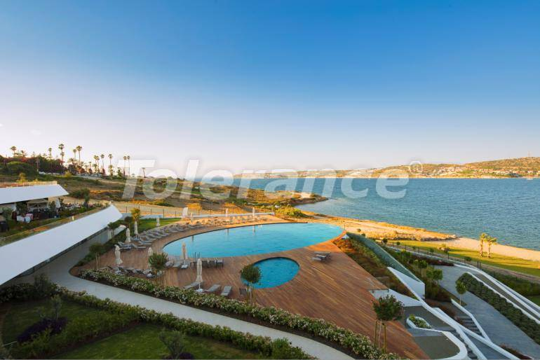 New ready-to-move apartments in Çeşme, Izmir by the sea with installments up to 1 year - 17469 | Tolerance Homes