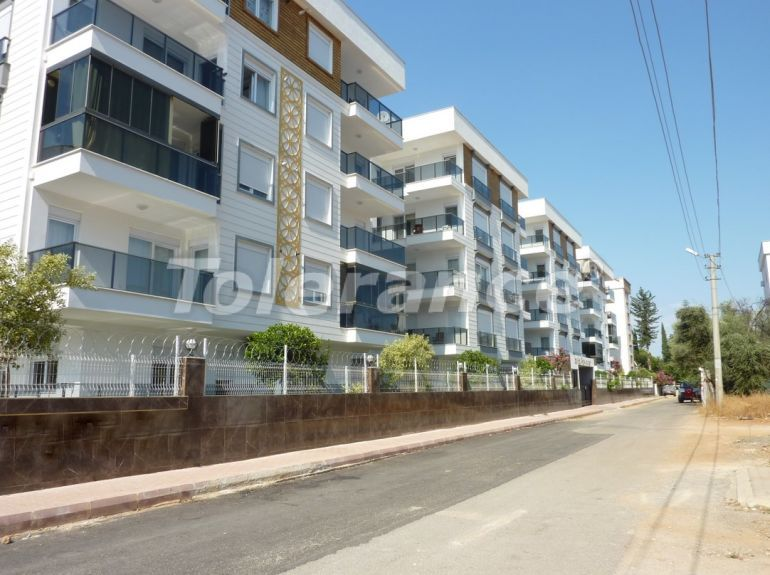 Three bedroom apartment in Muratpasa, Antalya with separate kitchen and gas heating - 18638 | Tolerance Homes
