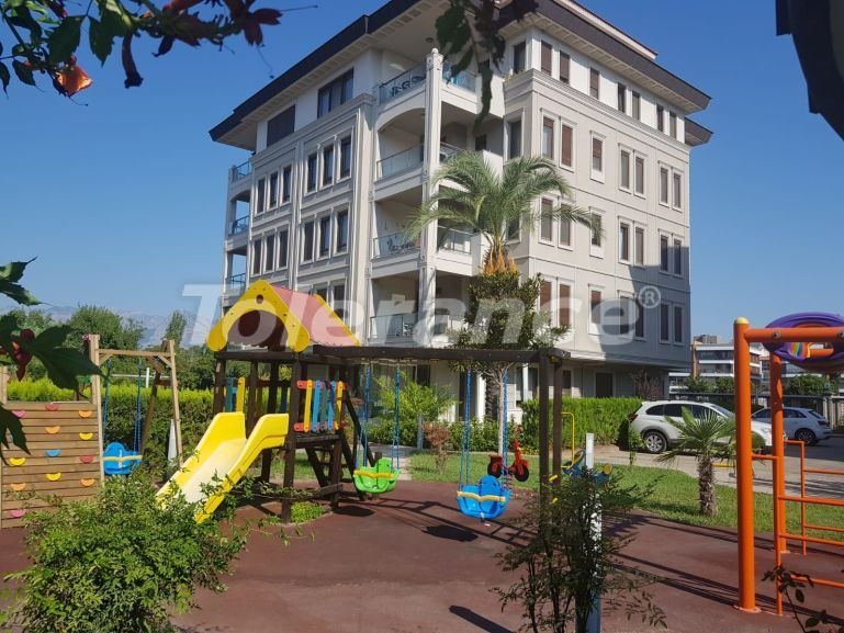 Secondary spacious apartment in Uncali, Konyaalti with gas heating - 20017   Tolerance Homes