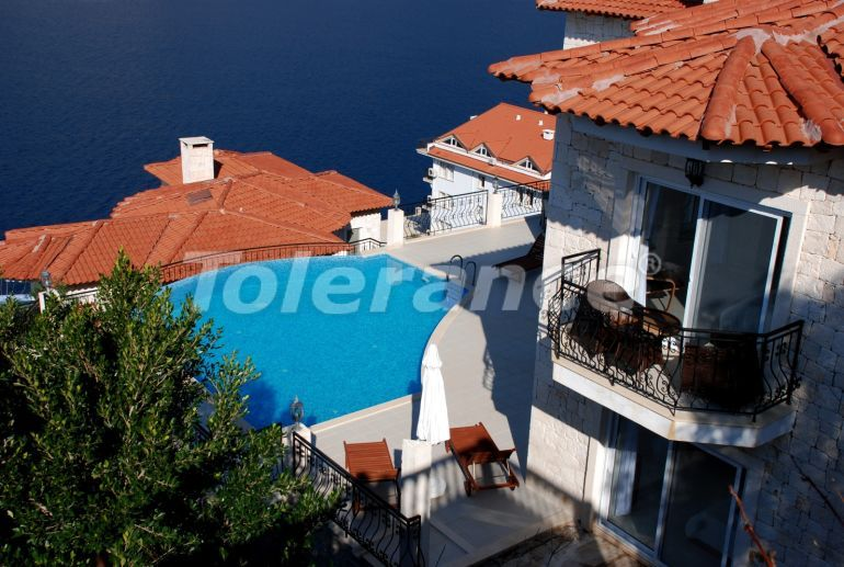 Private villa in Kas profitable for investments with a stunning view to the sea - 21957 | Tolerance Homes