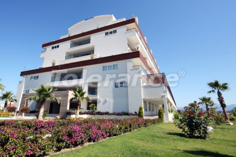 Resale apartment in Side in a complex with an indoor pool just 700 meters from the sea - 23264   Tolerance Homes