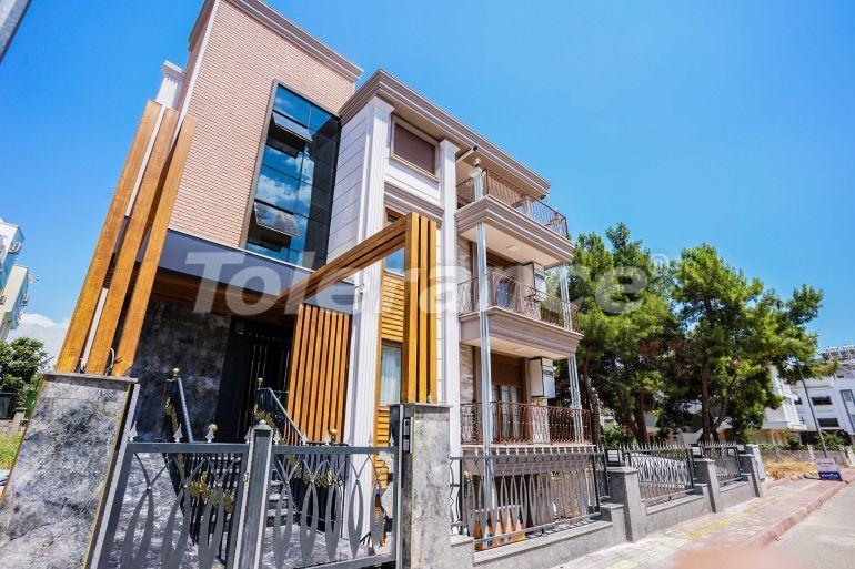 Luxury apartments in a renovated house in the prestigious Altinkum area, Konyaalti near the beach - 41493   Tolerance Homes