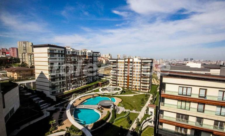Luxury apartments in Beylikduzu, Istanbul with installments in a complex with infrastructure - 25810 | Tolerance Homes