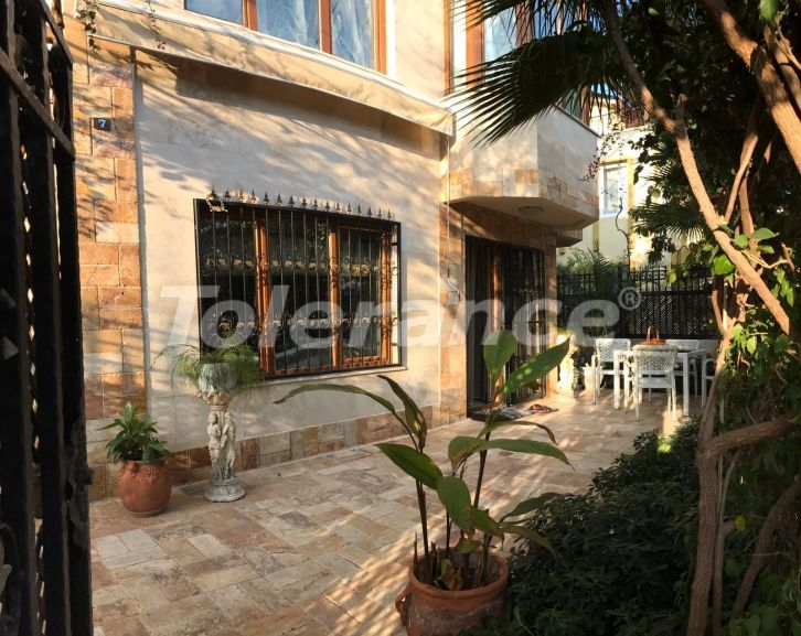 House in the center of Kemer with a private territory just 400m from the sea - 26777 | Tolerance Homes