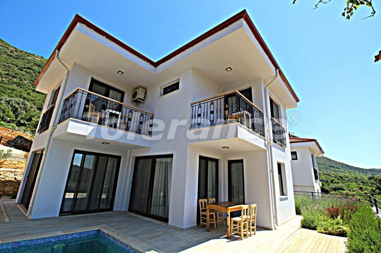 Detached villa in Kas fully furnished with a swimming pool and beautiful mountain view - 30301 | Tolerance Homes