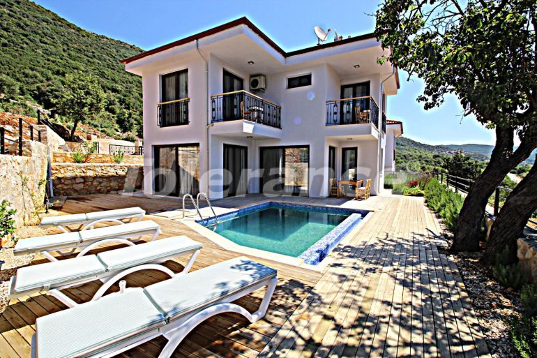 Detached villa in Kas fully furnished with a swimming pool and beautiful mountain view - 30300 | Tolerance Homes
