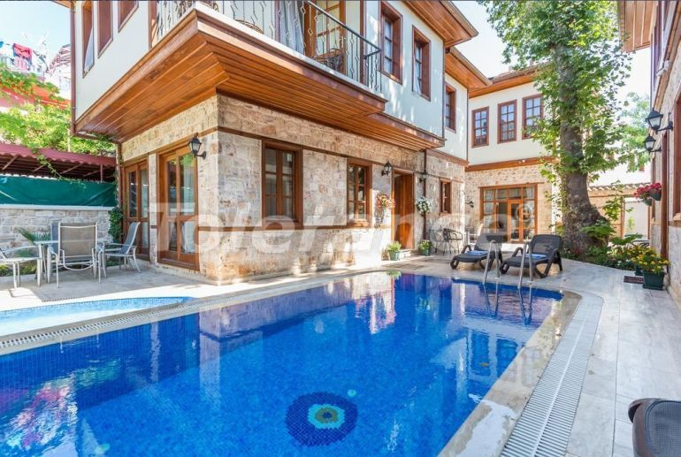 Villas in the historical center of Antalya with a pool - 30766   Tolerance Homes