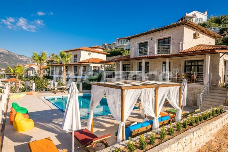 Detached villa in Kas profitable for investment with stunning Mediterranean sea views - 31373 | Tolerance Homes