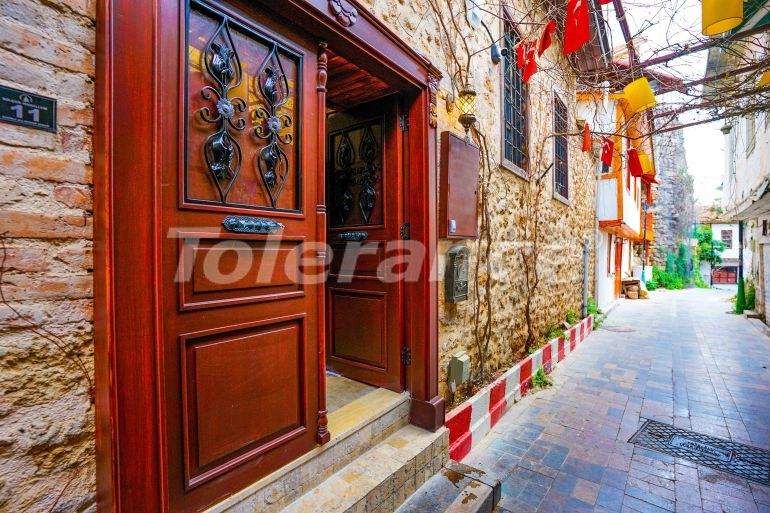 Detached villa in the historical center of Antalya with a garden and a private hammam - 33861 | Tolerance Homes