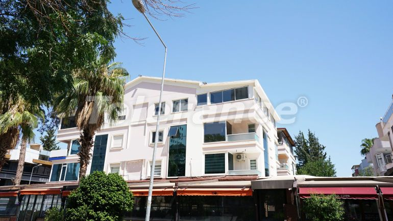 Resale apartment in Lara, Antalya with gas facilities only in 300 meters from the sea - 43068 | Tolerance Homes
