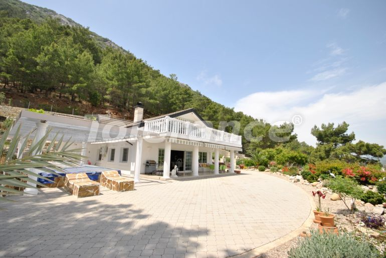 Detached villa in Adrasan, Kemer with furniture and appliances and a view of the bay - 43188 | Tolerance Homes