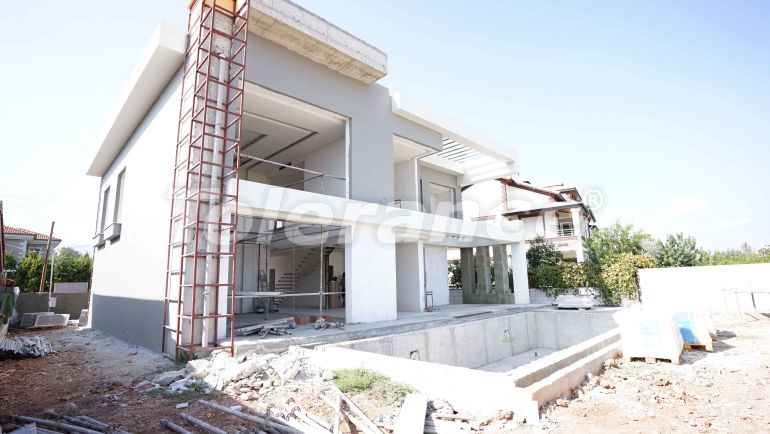 Detached villa in Döşemealtı, Antalya with private pool, and with possibility to obtain Turkish citizenship - 43296   Tolerance Homes