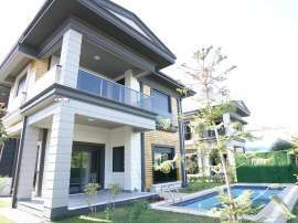 Detached villas in Döşemaltı, Antalya with private garden and outdoor swimming pool - 45520   Tolerance Homes