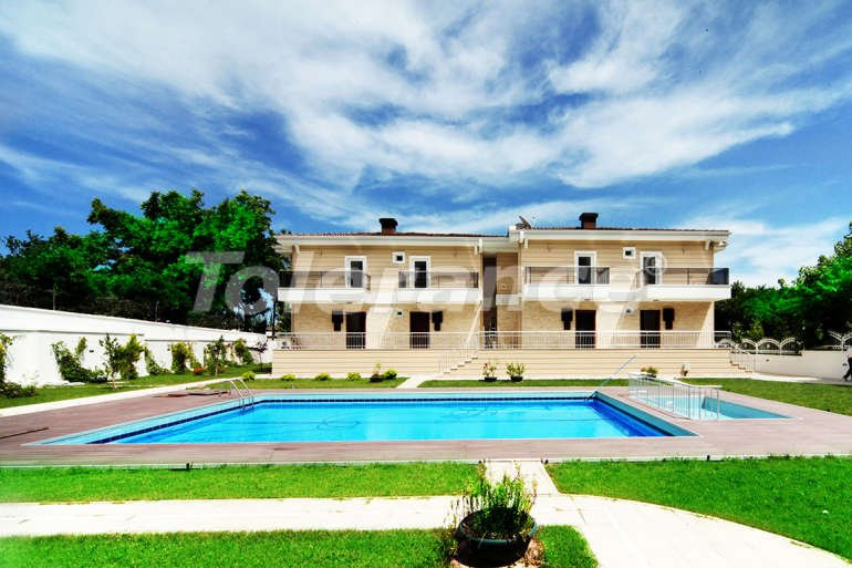 Inexpensive house in Goynuk, Kemer with 4 bedrooms in a complex with swimming pool - 1835 | Tolerance Homes