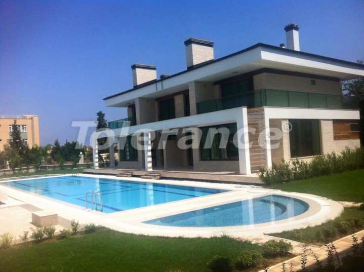 Luxury  villas in the center of Kemer in a complex with a swimming pool, sauna and fitness - 4590 | Tolerance Homes