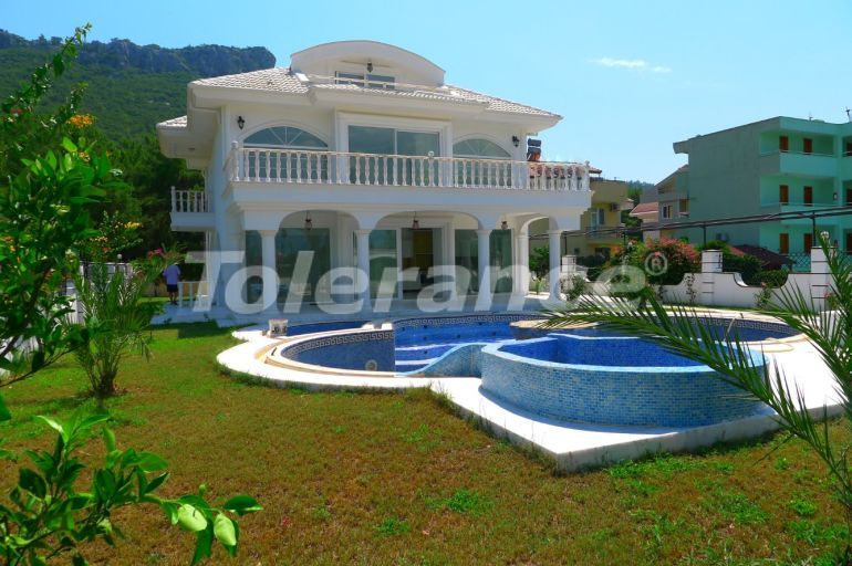 Detached luxury villa in Kemer with swimming pool, jacuzzi, sauna, at 500 metres from the sea - 21954   Tolerance Homes