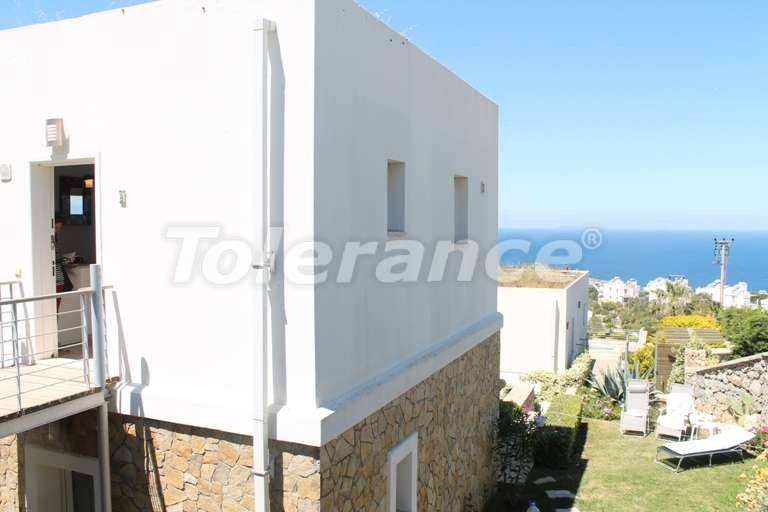 Resale villa with fabulous sea views at a bargain price! - 7954 | Tolerance Homes
